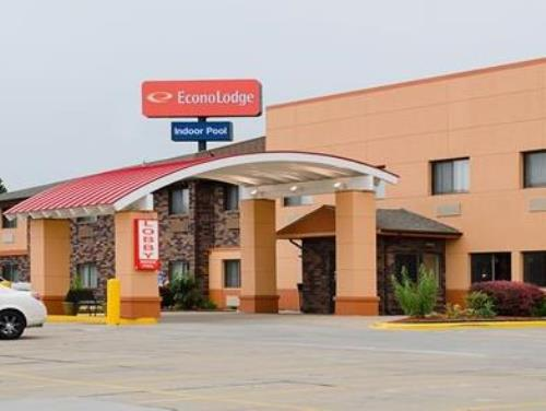 Econo Lodge at Wanamaker Topeka