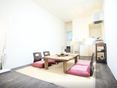 JH 2 Bedroom Apartment near Namba Dotonbori TC