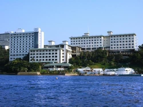 Toba Seaside Hotel