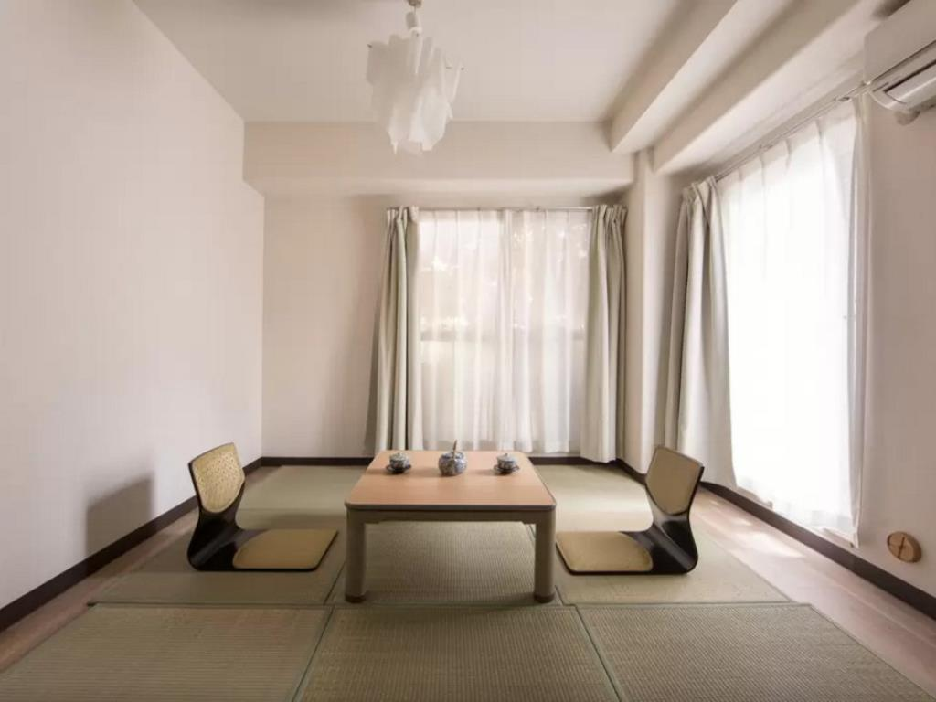 Cosmo ST Kawaramachi Japanese Style Apartment Hotels : Book now