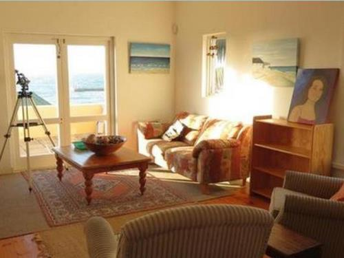 Kalk Bay Backpackers - Lymehaven