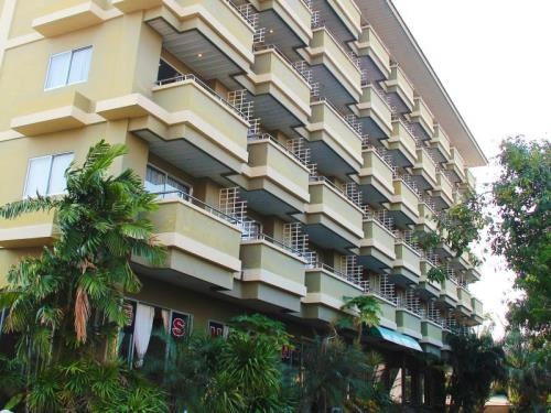 Royal Tycoon Place Hotel