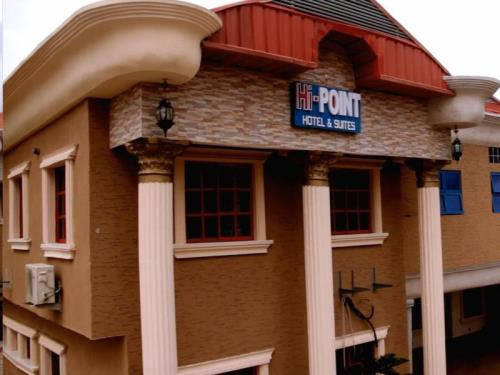 HI POINT HOTEL AND SUITES
