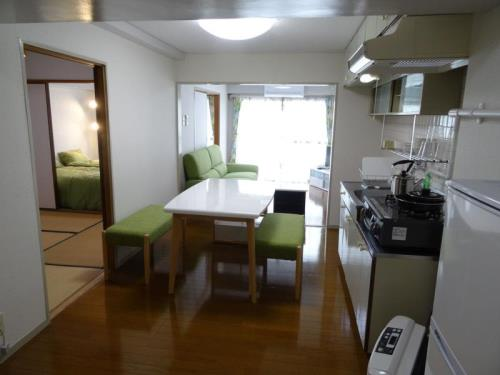 DE Ruppina 2 Bedroom Apartment in Susukino 2