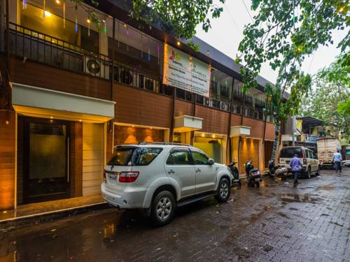 OYO Rooms Chembur Golf Club