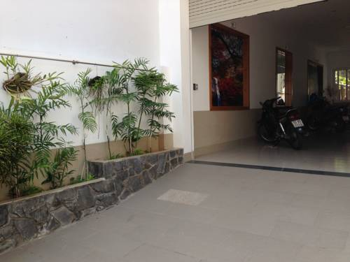 Mango Tree Serviced Apartment