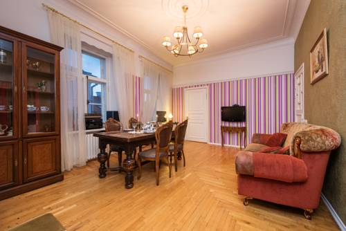 Central Luxury Apartment Old Town