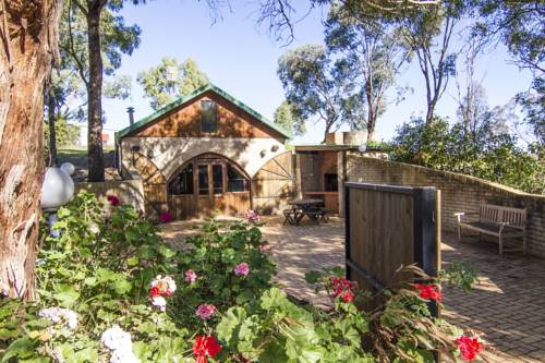 Outback Cellar & Country Cottage