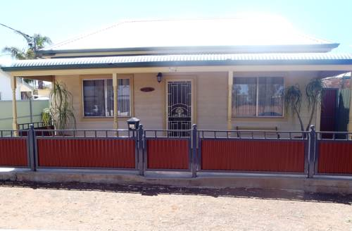 Broken Hill Country Cottage