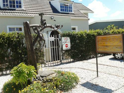 Jembjo's Knysna Lodge & Backpackers