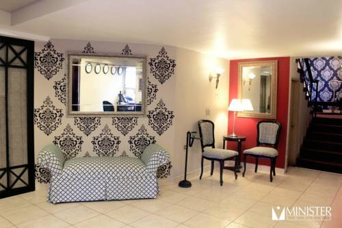 Minister Suites