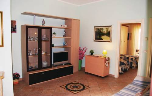 Two-Bedroom Apartment Viareggio -LU- 03