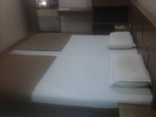 STARiHOTELS Subhash Road Nashik