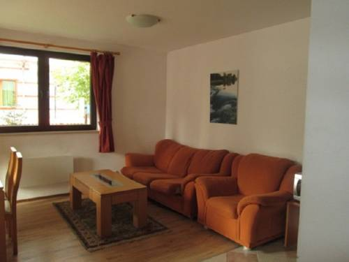 Two Bedroom Apartment in Winslow Highland