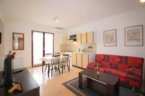 Apartment in Porec with Two-Bedrooms 9