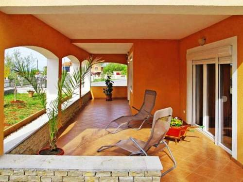 Holiday home Ines