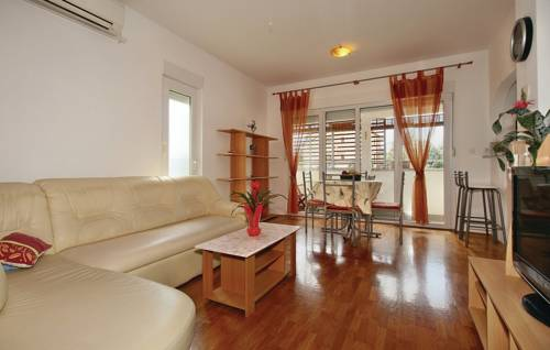 One-Bedroom Apartment in Umag