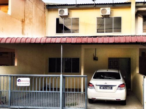 4BD homestay with 2 parking lots