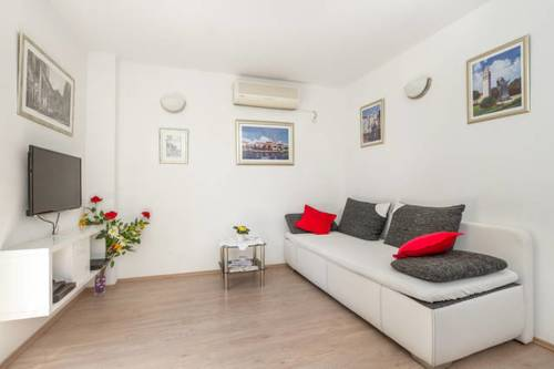 Apartment Riva Centar