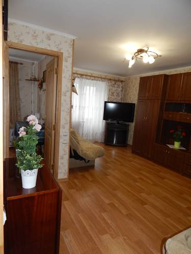 Hotel Apartment on Chaykovskogo 28