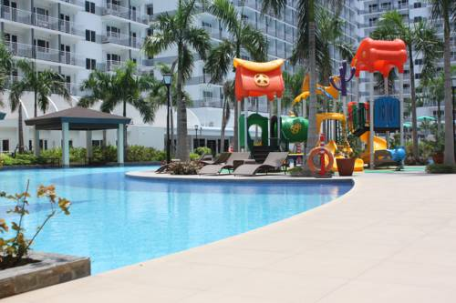 Apartment near Mall of Asia