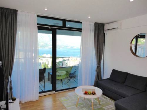 Sea View Apartment Budva
