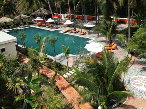 Green Hill Resort and Spa