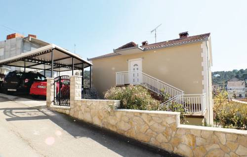 Apartment Trogir with Fireplace XIII