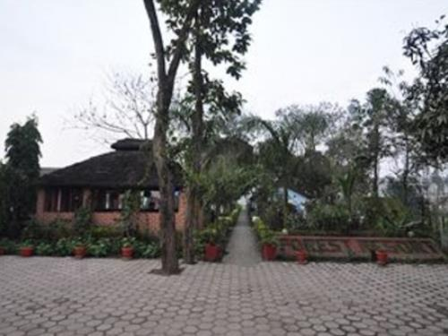 Chitwan Forest Resort