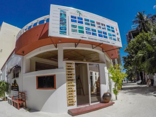 Shadow Palm Hotel at Maafushi