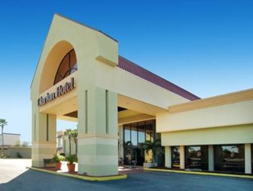 Clarion Hotel and Conference Center Tampa