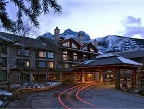 卡那那斯基斯三角洲旅舍 (Delta Hotels by Marriott Kananaskis Lodge)