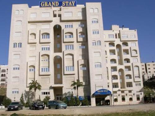 Grand Stay Apartments
