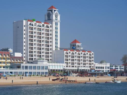 Holiday Inn Qinhuangdao Sea View