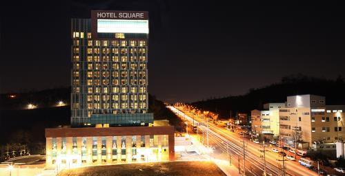 Hotel Square by Savills