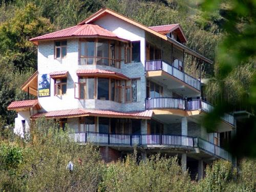 Mother Tree Cottage Manali
