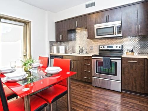 Hollywood Downtown Apartment