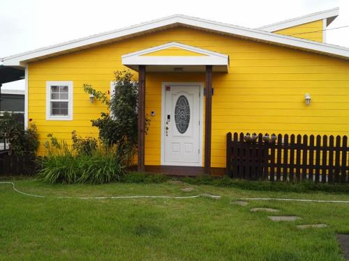 Yellow Guesthouse